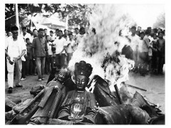cultural_revolution_buddha_burning-1
