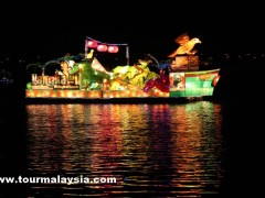 1Malaysia International Tourism Night Floral Parade 2012 PIC4