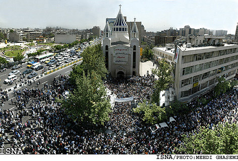 armenians-march-tehran1