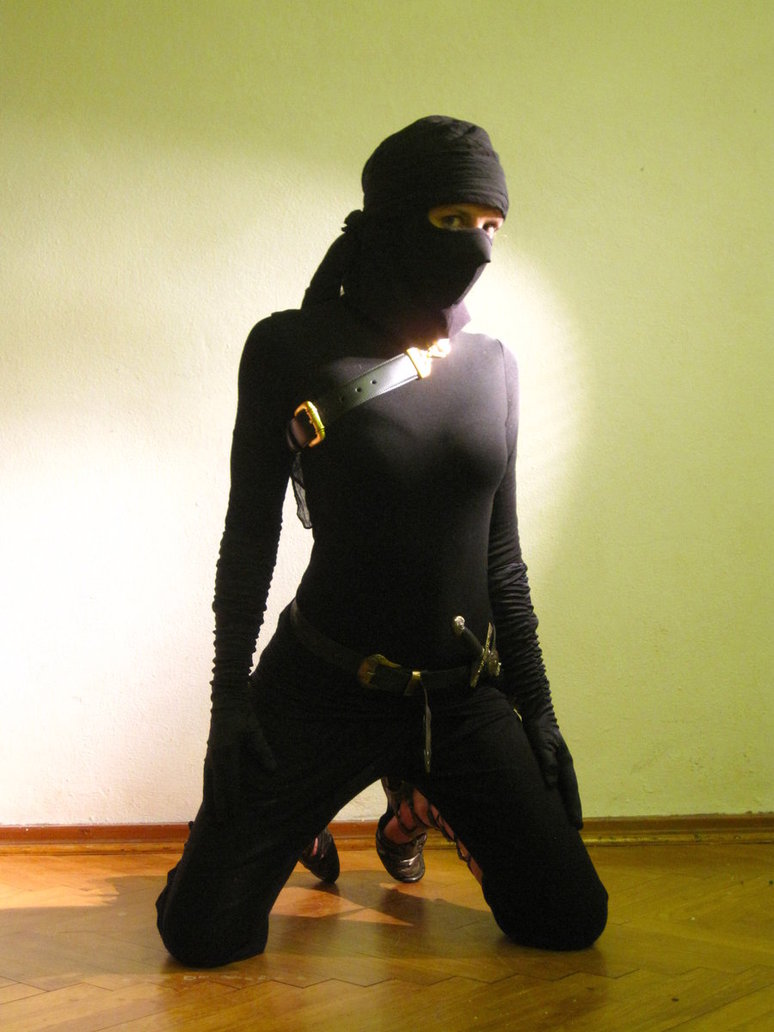 female_ninja_by_haparanda-d4j15zy